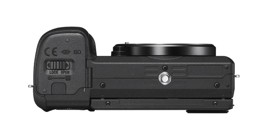Sony Alpha a6400 bottom